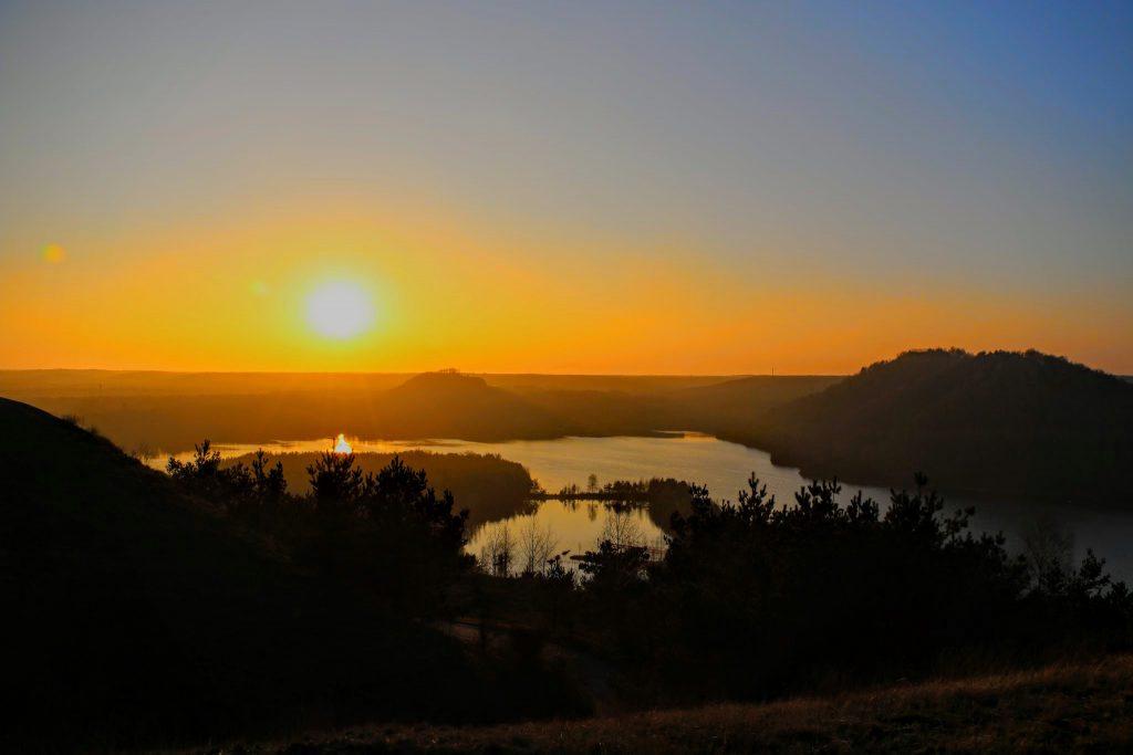zonsondergang-connecterra-maasmechelen